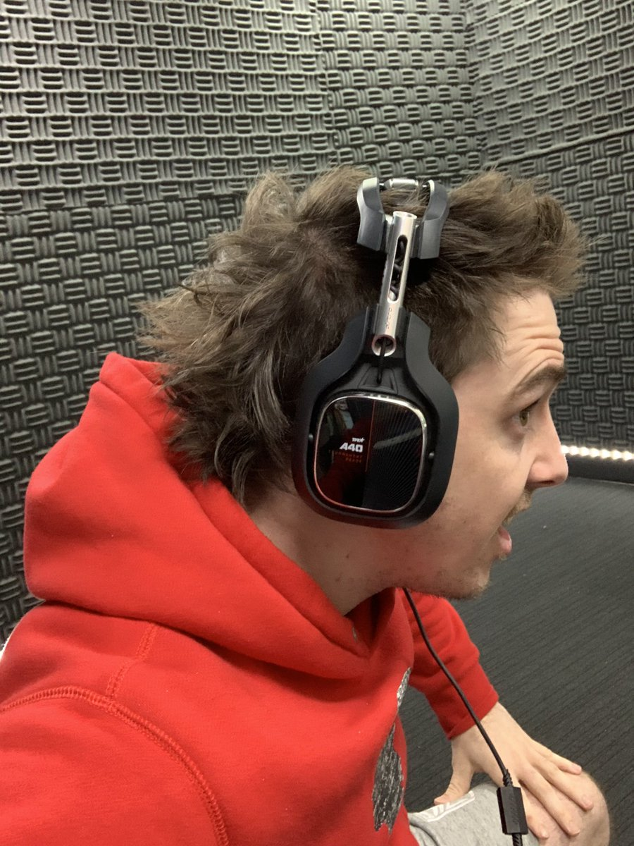 Lazar On Twitter Theres No Other Headphones That Look This Good With A Mullet