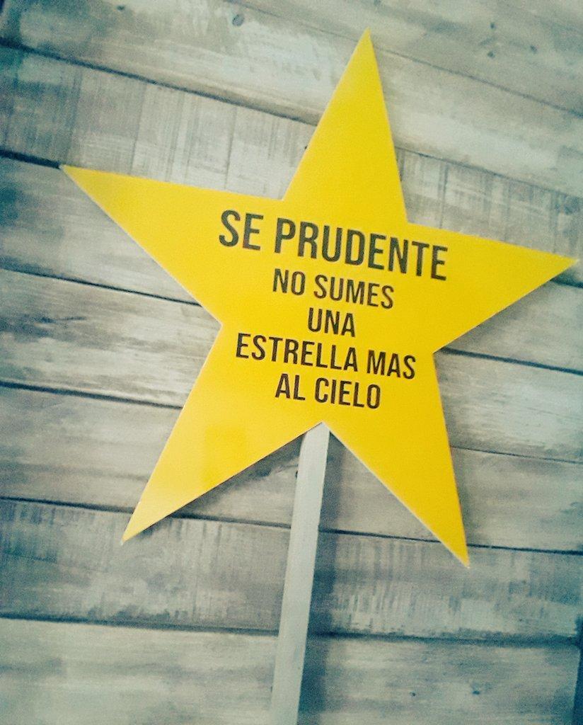 La estrella que lo dice todo! 🚦⚠️🏍  🚘🚲 @gobiernochubut  @APSVChubut  @barciaml https://t.co/15RxYbH2Ph