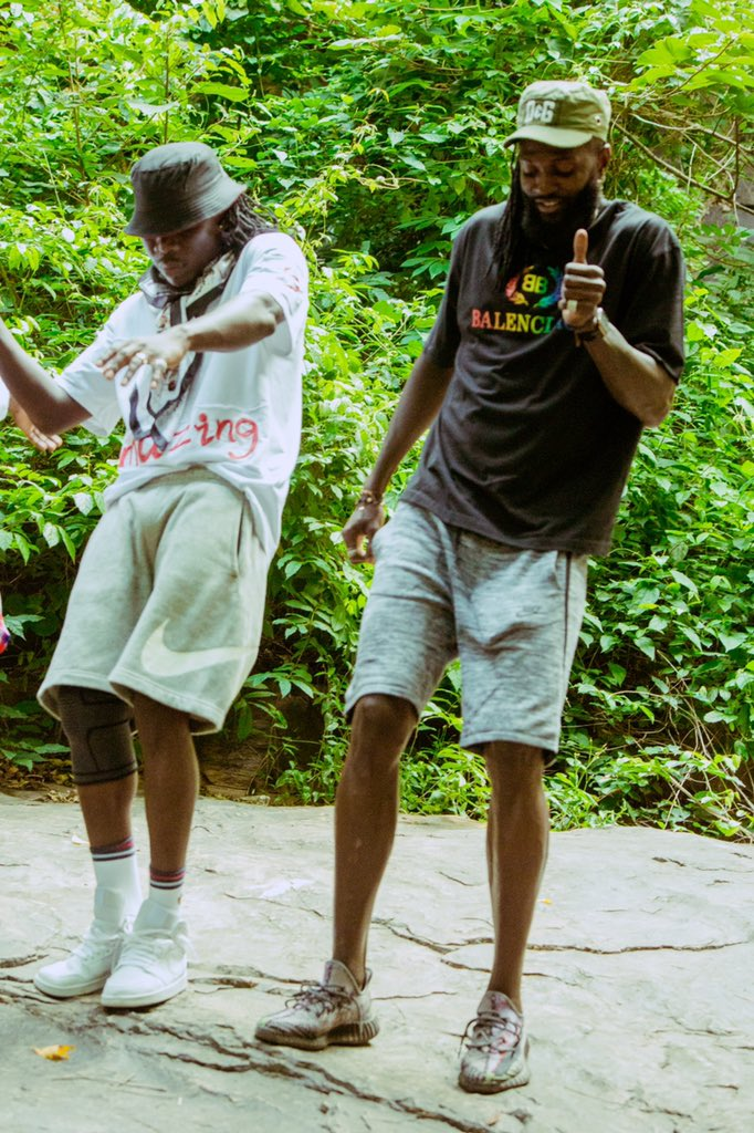 Stonebwoy Releases Colourful Visuals For His 'PUTUU' Freestyle, Features Emmanuel Adebayor