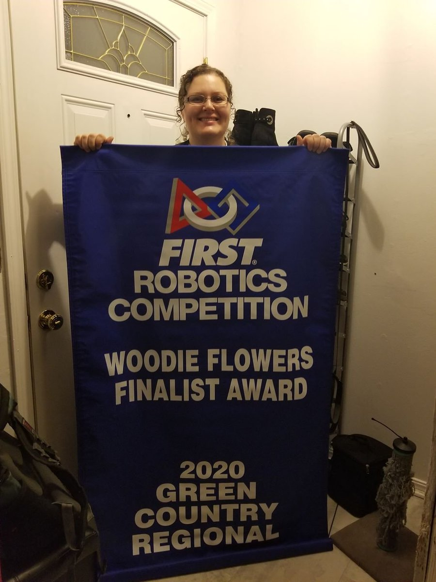We had a couple of blue banners from the 2020 season arrive in the mail the last couple of days! And a huge congrats to Coach Jen on WFFA!