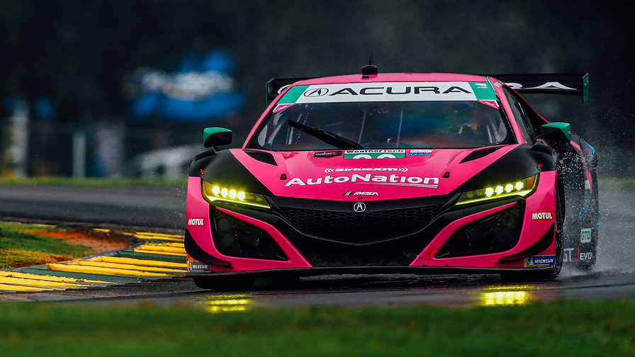 🏁 WHAT A FINISH IN VIRGINIA!  @MarioFarnbacher in the #86 @Acura NSX GT3 Evo powered through the field to finish on the podium in P2!  #AcuraMotorsports // #MichelinVIR // #IMSA https://t.co/6Nvw1InNkr