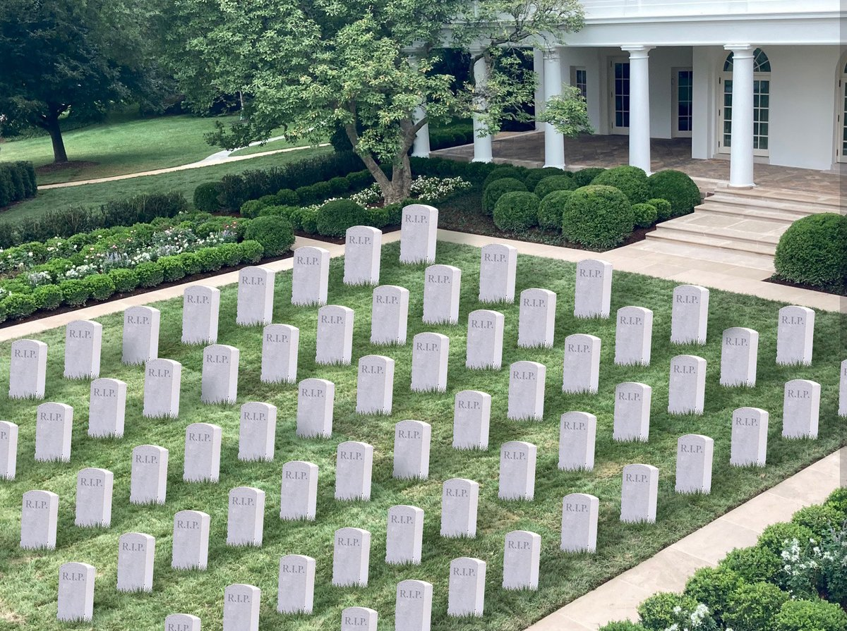 Rob Sheridan On Twitter I Don T Know What Everyone S Complaining About I Think The New White House Rose Garden Renovation Is Perfect For The Trump Presidency Https T Co Pggsfupi3v