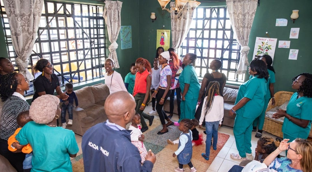 On Sunday's and every other Morning, we have fellowship sessions. This is to ensure that the children are being brought up in a Christian way of life.  Visit https://t.co/FeeNr7PVoY and learn more about the Treasure House. Like and Share to help spread awareness.   #ithm https://t.co/5JoWUEBJLn