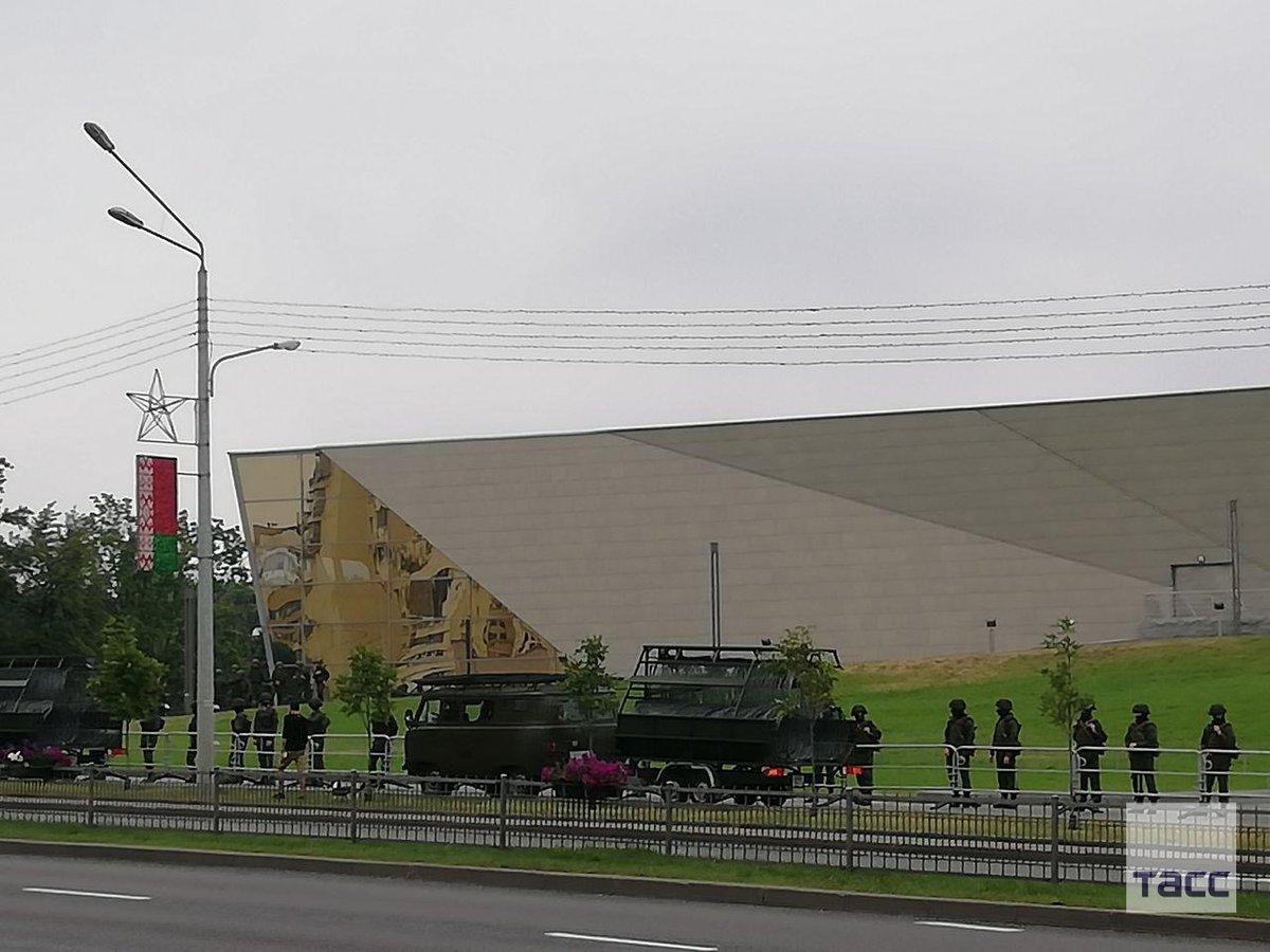военный беларуси стена из фотографий желании есть возможность