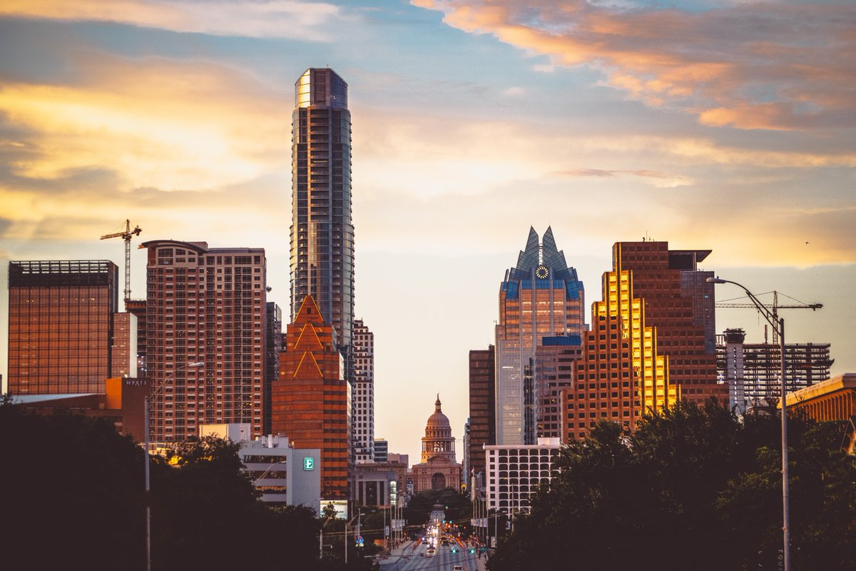 Our city 🤘 >>>>>>