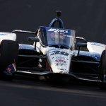 レーシングドライバーの佐藤琢磨さん、インディー500で2度目の優勝!