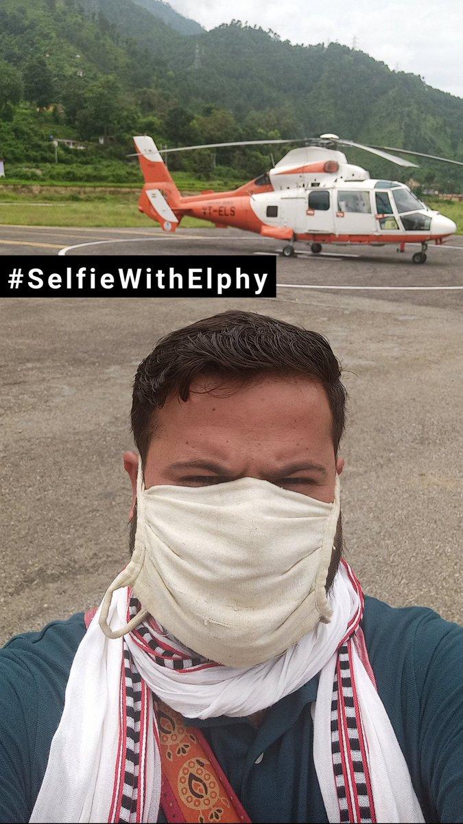 #SelfieWithElphy : सफ़ेद हाथी के साथ सेल्फी RCS उड़ान योजना के तहत जनपद चमोली को मिले इस हेलीकॉप्टर के लिए सभी को सह्रदय धन्यवाद। लेकिन हफ़्ते में 3 दिन चल रही इस सेवा से यहाँ अभी तक कोई भी लाभान्वित नहीं हो पाया है कारण है इसका किराया। देहरादून तक ₹ 8709 बहुत ज़्यादा है। https://t.co/CErUHHprXY