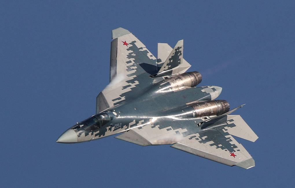 Su-57 Stealth Fighter: News #6 - Page 12 EgL9m8xWsAAsu-U?format=jpg&name=medium