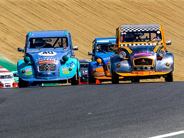Endurance racing heads to Snetterton this weekend as the annual 2CV 24 Hours returns on 29-30 August.   https://t.co/Kgv112ookX https://t.co/B5QvvyQDov