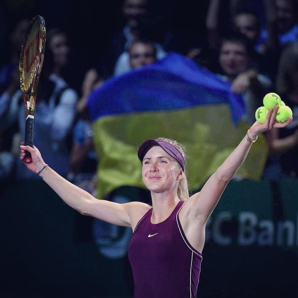 З гордістю виступаю під українським прапором, представляючи Україну на світовій спортивній арені🇺🇦 #Україна починається з кожного із нас.  З днем народження, Україно! 💙💛 https://t.co/RIvAwFkh9d