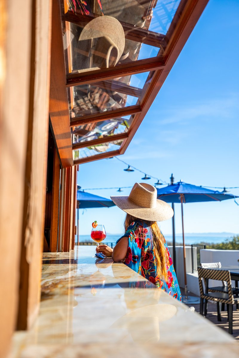 Equal parts cocktail craftsmanship and serene seaside sites, the Beach House is the ideal place for a round of drinks. https://t.co/w5TGs6UO24