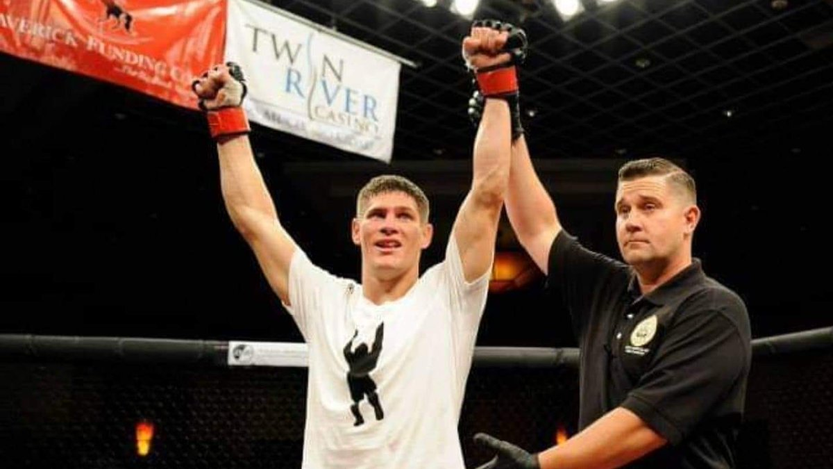 Please help us wish a #HappyBirthday to the powerful @CharlesRosaMMA, who cut his teeth in the #CESMMA cage before signing with the #UFC 🎁 #CEStotheUFC https://t.co/ffvCxY9jjh