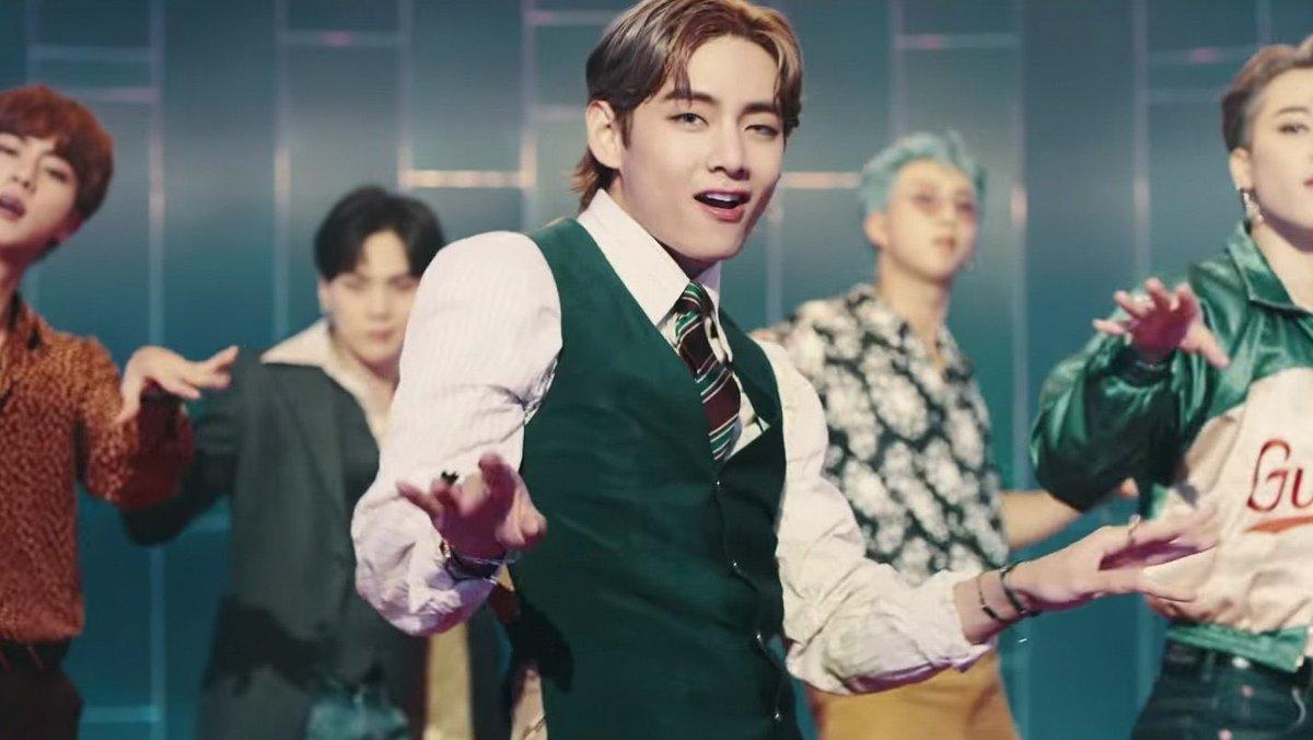 Ohhh😍 i really really really like you💜#taehyung_V @BTS_twt https://t.co/TuOncoRX5X