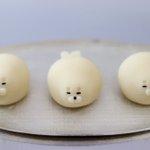 体を丸々と太らせて美味しそうに見せた結果⇒可愛すぎて食べづらい和菓子に!