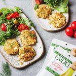 Image for the Tweet beginning: ✨Dinner Inspo! ✨These salmon cakes,