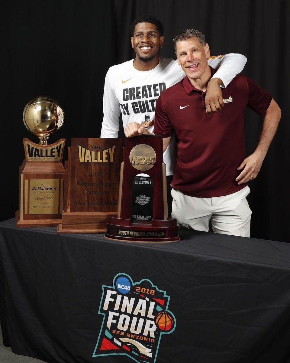 Happy Birthday @PorterMoser 🙏🏾 Learned a lot from you and thankful that I got to spend college career under your leadership! 🐺🔥🤘🏾 https://t.co/Iy00wJtk6o