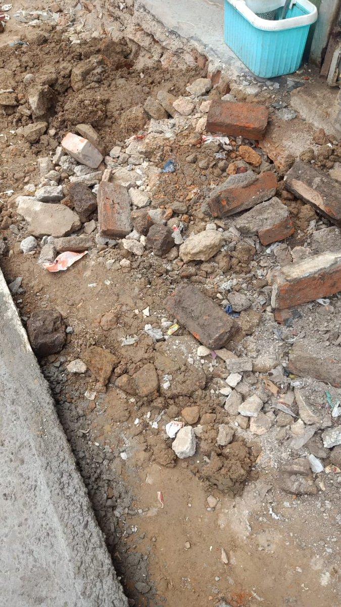 Pending water pipeline work left by @Ceo_djb at Chandni chowk redevelopment site as a result @pwddelhi work is incomplete. @ArvindKejriwal @SatyendarJain @DelhiJalBoard @raghav_chadha @LtGovDelhi