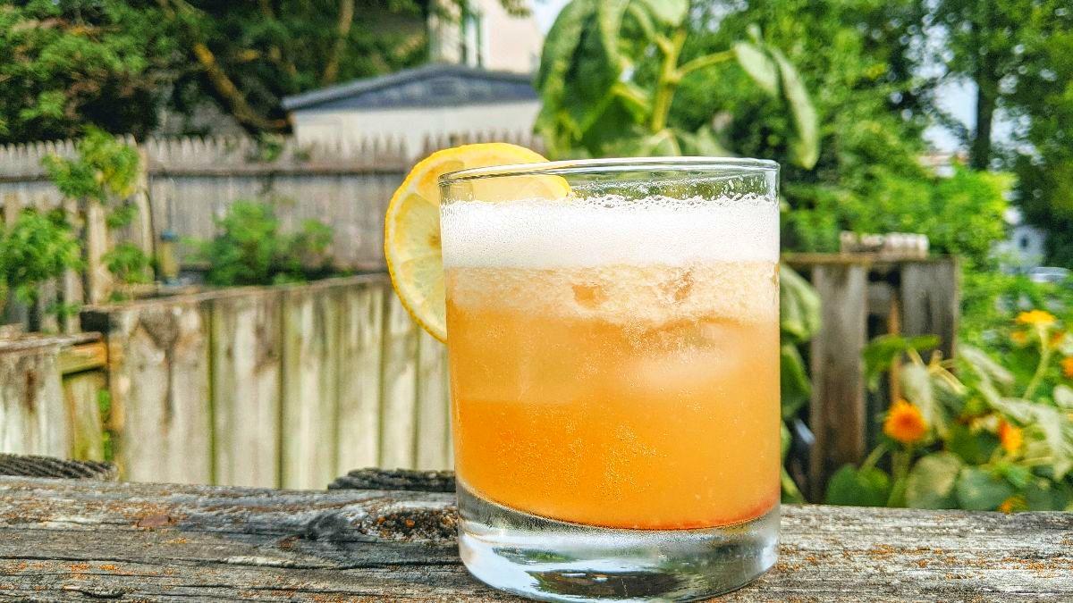 Happy National Whiskey Sour Day!🥃 - https://t.co/pNYkqWOXpc #NationalWhiskeySourDay #MDSpirits #WhiskeySour https://t.co/Fqy3hJ6JJg