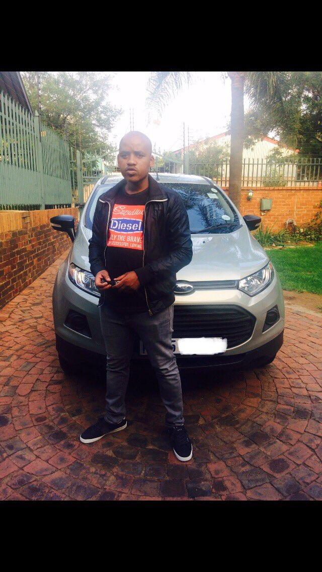 @Twizza_ZA @zando_co_za #Juicy 🤞🏼🤞🏼🤞🏼 #twizzaenergy #authenticallyafrican https://t.co/W5JNDXeJxX