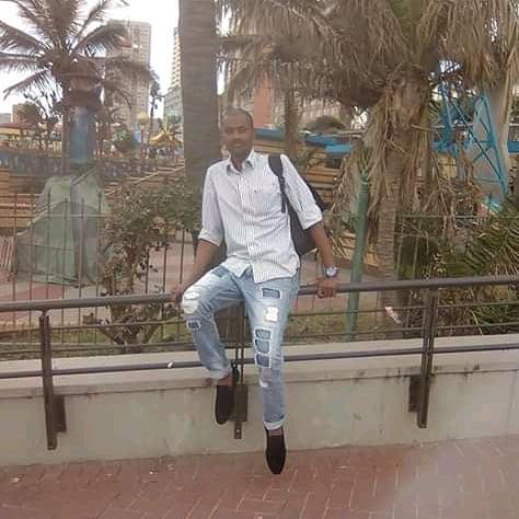 @Twizza_ZA @zando_co_za #Juicy @Twizza_ZA https://t.co/QliBwyWvXI