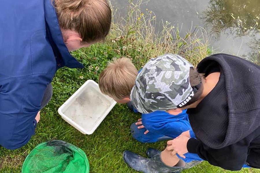 test Twitter Media - 15 kinderen van De Lispeltuut (Hedel) gingen tijdens de eerste week van de schoolvakantie (13 t/m 17 juli) naar de zomerschool. Niet op school zelf, maar bij KDV/BSO de Vrijbuiter, een prachtige natuurlijke locatie waar veel te leren viel. https://t.co/2tIJWA3j3d https://t.co/js98kpvCyQ