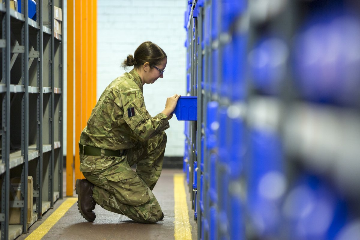 RAF Supply, Storage and Distribution Specialists are responsible for the management of RAF assets; from the receipt, storage, handling and distribution of equipment to its ultimate disposal. Find out more about a role in Logistics via our Facebook Live: tinyurl.com/y56qk924