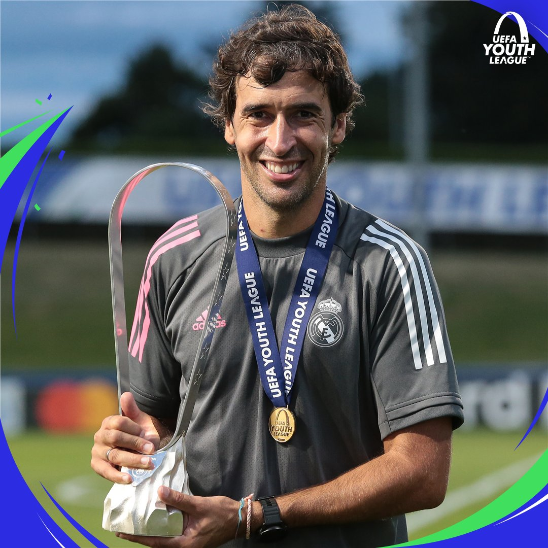 Raúl becomes the second person to be part of a #UCL winning squad as a player & then lift the #UYL as coach 👑