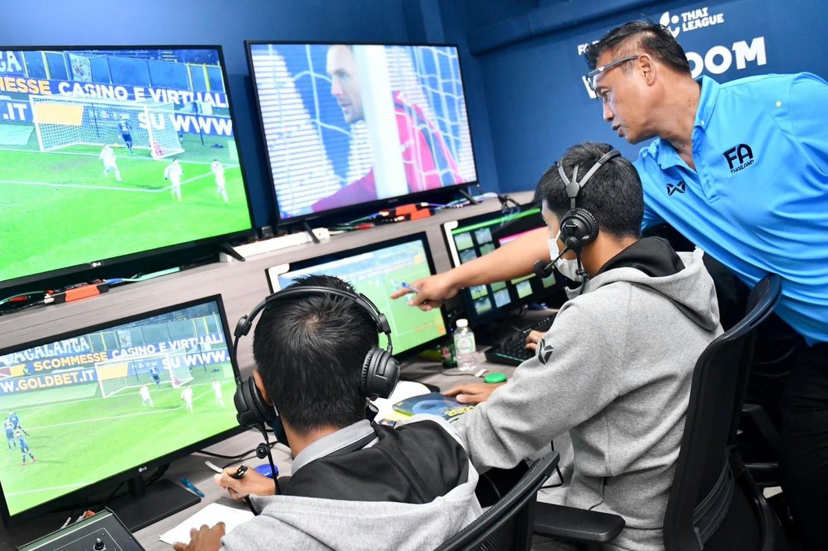 "Benjamin Tan on Twitter: ""Our referees department getting ready to return with the VAR for our Toyota Thai League matches We now have 48 qualified VAR referees. #FAThailand #thaileague #thaifootball #VAR… https://t.co/6CoizIea5I"""
