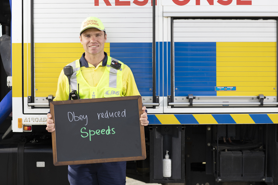 Mitch, Motorway Response Officer, says you can avoid running into unnecessary issues if you obey speed limits, particularly when speeds are reduced 🚦 #HeroesOfOurMotorway #WeCanAllBeHeroes #QRSW @StreetSmartsQLD #RoadSafetyF1rst https://t.co/7Gfct7qJ3y