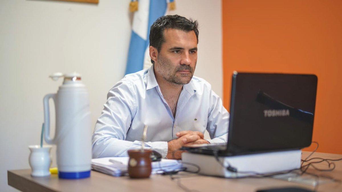 """Agencia Télam on Twitter: """"El nuevo secretario de Energía, Darío Martínez  (@dariomartinezpj), asumirá la conducción del área, tras un encuentro en el  día de ayer con los ministros Martín Guzmán y Matías"""