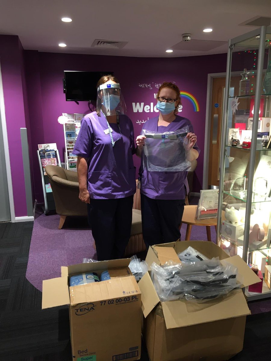 Thank you the wonderful team  @SynergyDentist for their generous donation of PPE visors to help keep our staff safe as they continue to care for local people here at Bolton Hospice.  We are so grateful to Synergy for thinking of us & donating such vital supplies to our team 💜 🌈 https://t.co/2uytHXzWJl