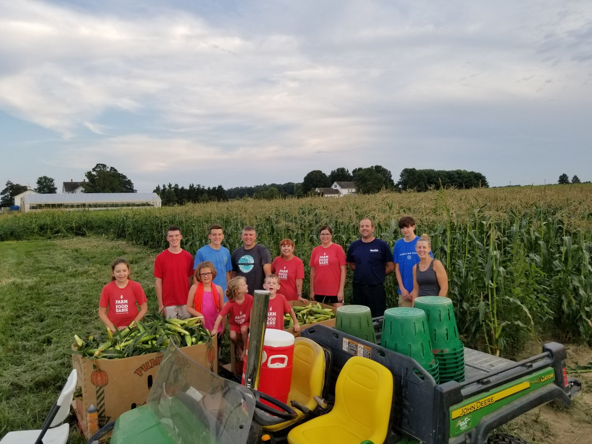 Ever wonder what happens to the thousands of produce that are left over with each harvest? Learn how local farmers and and volunteers are helping connect leftover produce and Marylanders in need. https://t.co/Qd1O7oR9iR #MyMdFarmers #Gleaning https://t.co/ejfwni4ALi