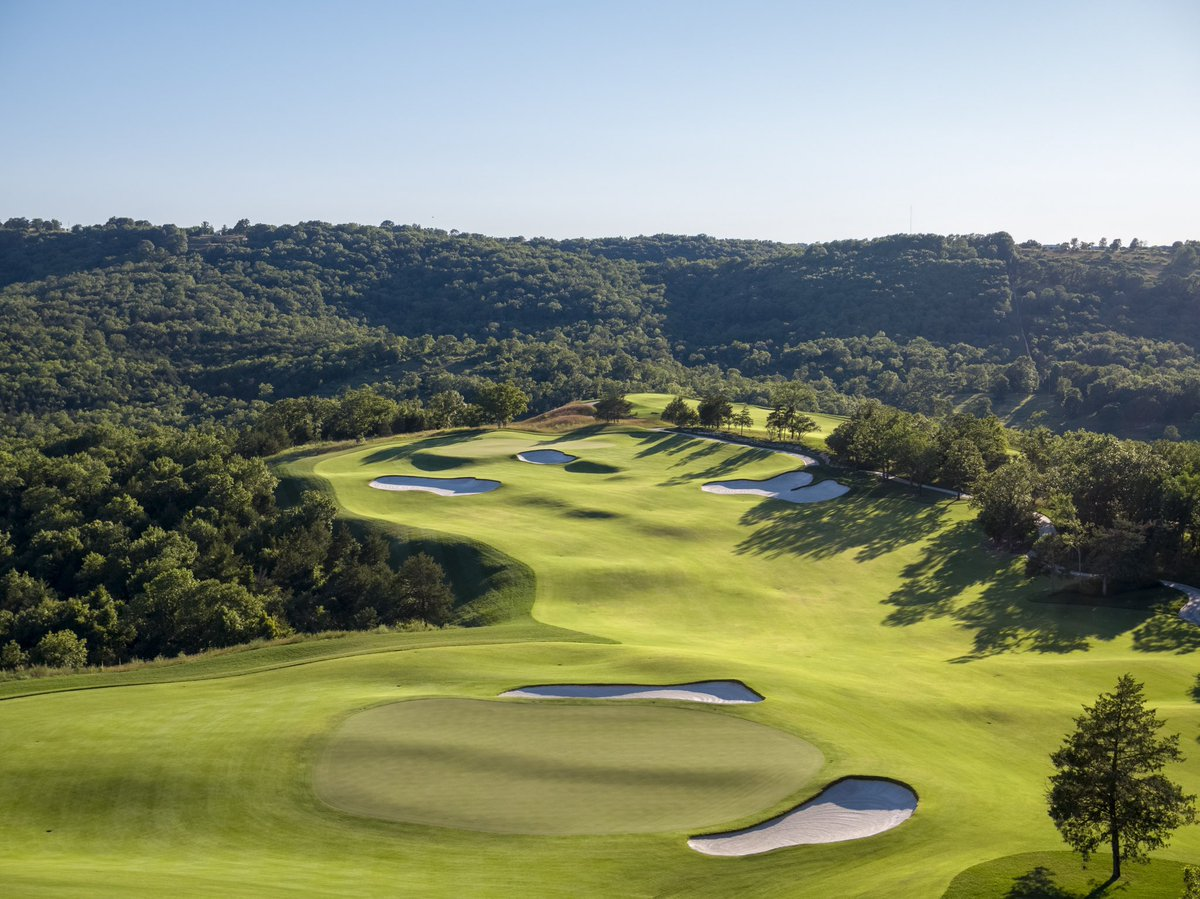 We're thrilled to announce an 18-Hole match for charity with @TigerWoods and @JustinThomas34 vs. @McIlroyRory and @JustinRose99 celebrating the grand opening of Payne's Valley at @GolfBigCedar. The Payne's Valley Cup will air on @golfchannel on Sept. 22nd. https://t.co/79A0PTQZcI https://t.co/zKEoy9XIAJ