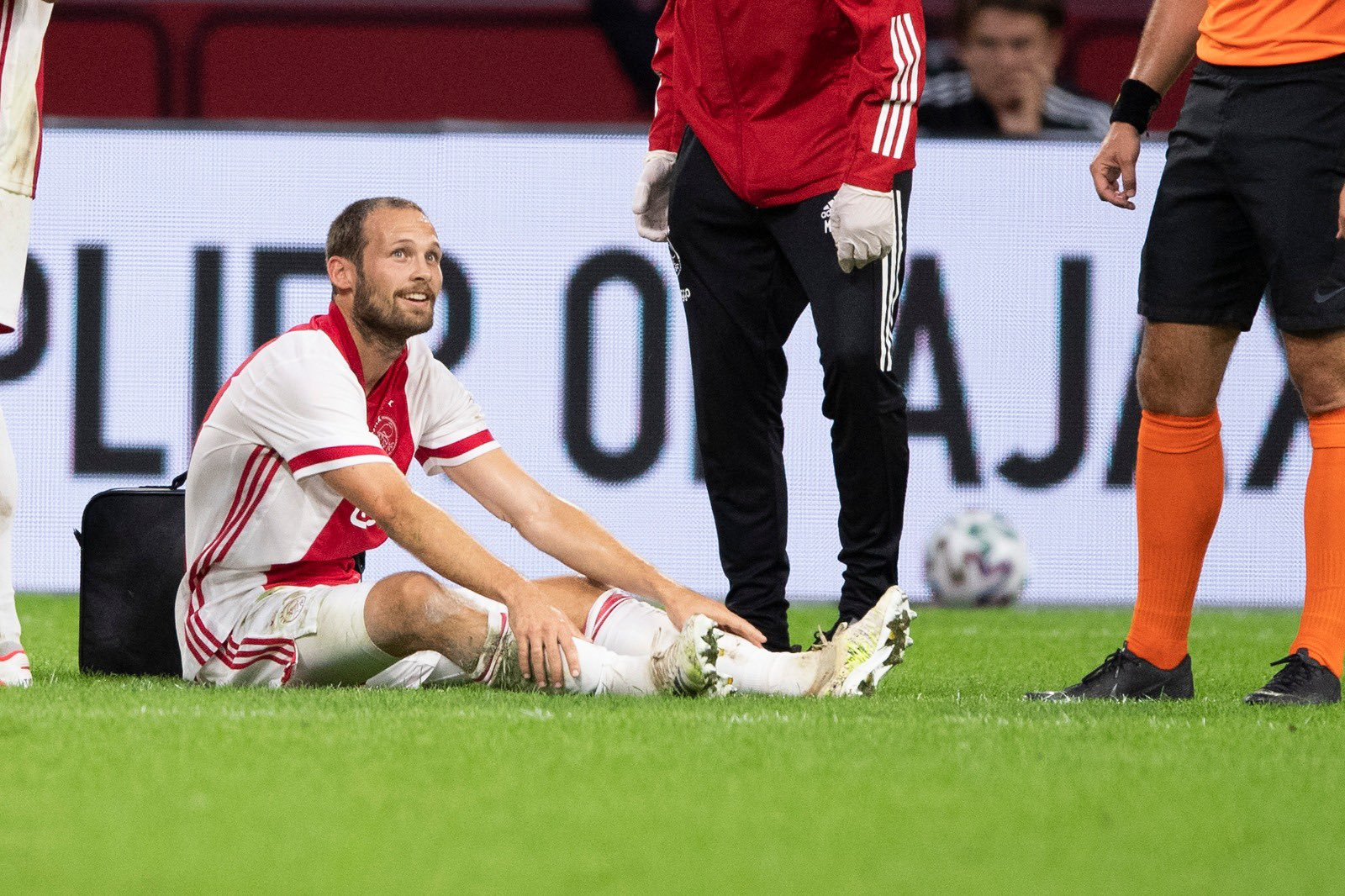 Blind Agrees And Signs New Ajax Contract Extension