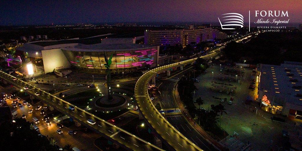 Forum Mundo Imperial es un espectáculo cada noche.  #ForumImperial #RivieraDiamanteAcapulco https://t.co/QOjrmZg0Wv