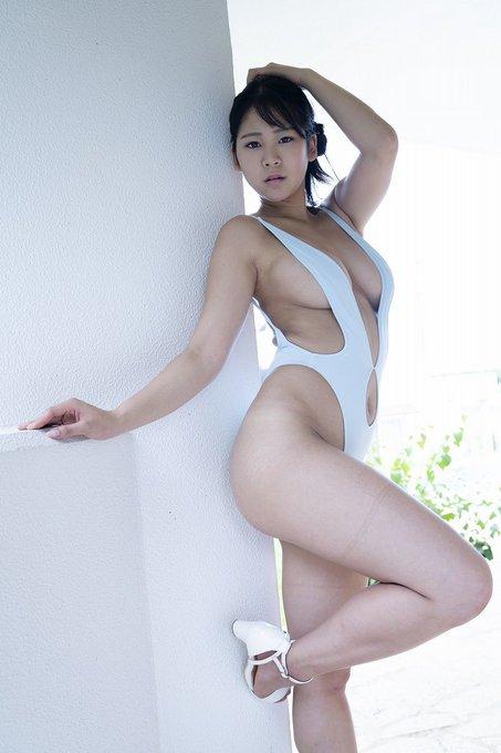 グラビアアイドル高杉杏のTwitter自撮りエロ画像35