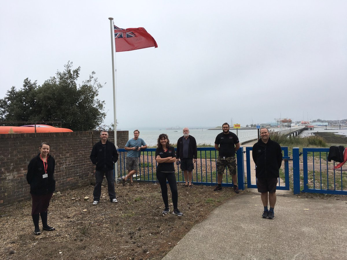 Were also flying the #RedEnsign for #MerchantNavyDay in front of the pier at Warsash with some of our safety training technicians and lecturers in attendance. Thank you to our seafarers, cadets and maritime professionals.