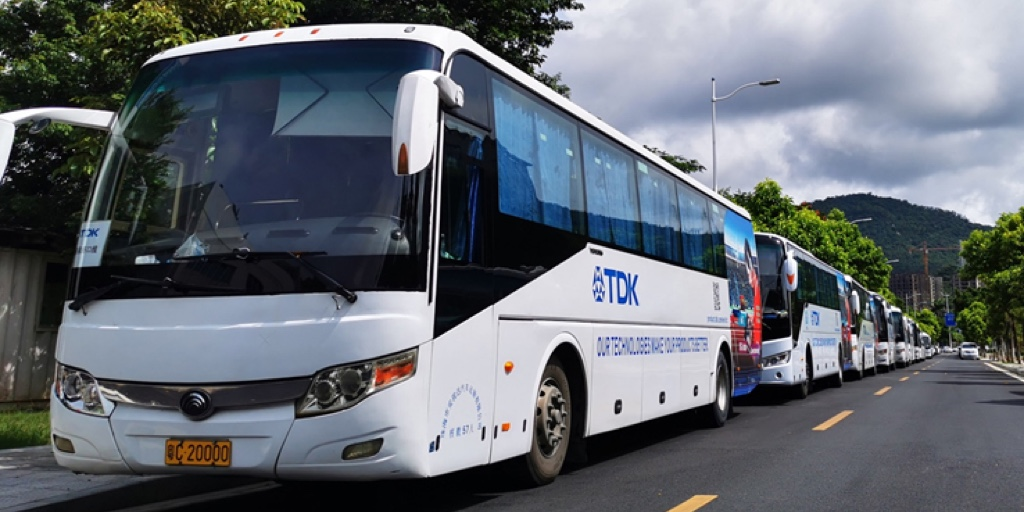 The Zhuhai FTZ site in China is gradually converting its fleet of diesel buses to electric vehicles. Around 2,400 employees use them to drive to work and back home in a more environmentally friendly and modern way. https://t.co/uvCgzfR3Au
