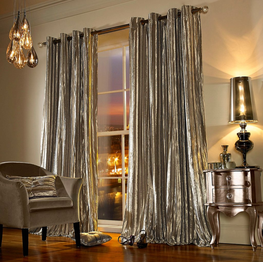 Lots of you have been searching for curtains recently! They add a whole new dimension of colour to a room: https://t.co/gcxLG2XrCL 👏  For the ultimate taste of indulgence, our new velvet curtains really do make you stand back and say, 'wow' 😱 https://t.co/3U4tYhyl5B