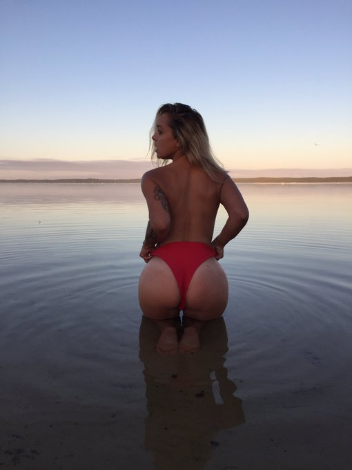 2 pic. Good morning  🌞☀️  More only onlyfans and mym pages 🔥💕 https://t.co/E5eCvnaq7q