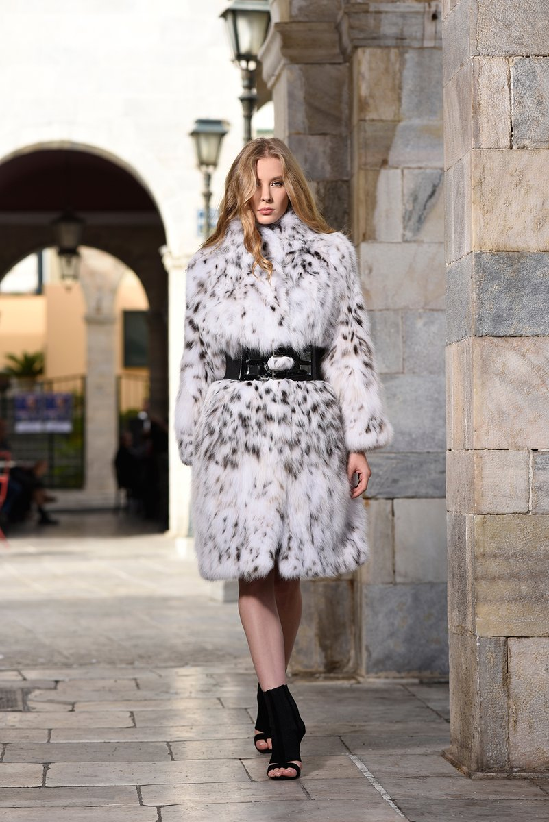 #Manzari step into Fur Shopping Festival! #furshoppingfestival #furs #furfashion #fashion #fashioninsta #fashiondaily #tradefair #fair #aw20 #trends #fw #shopping #мех https://t.co/eXEvIVAoZl