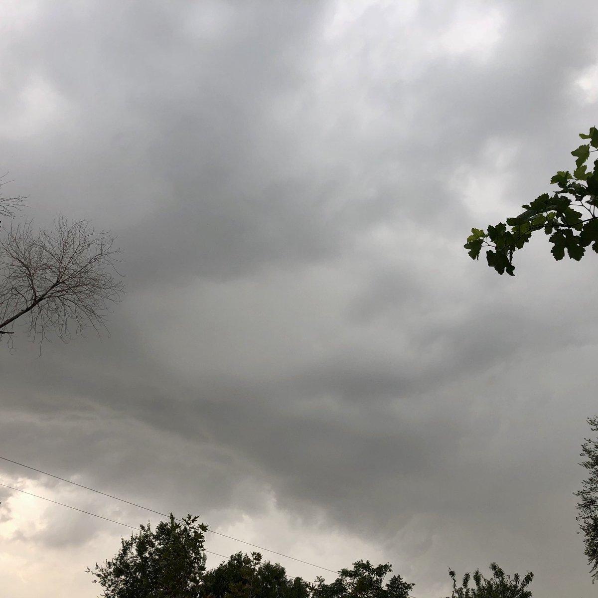 #Kabul sky time now https://t.co/2AcDksyG53