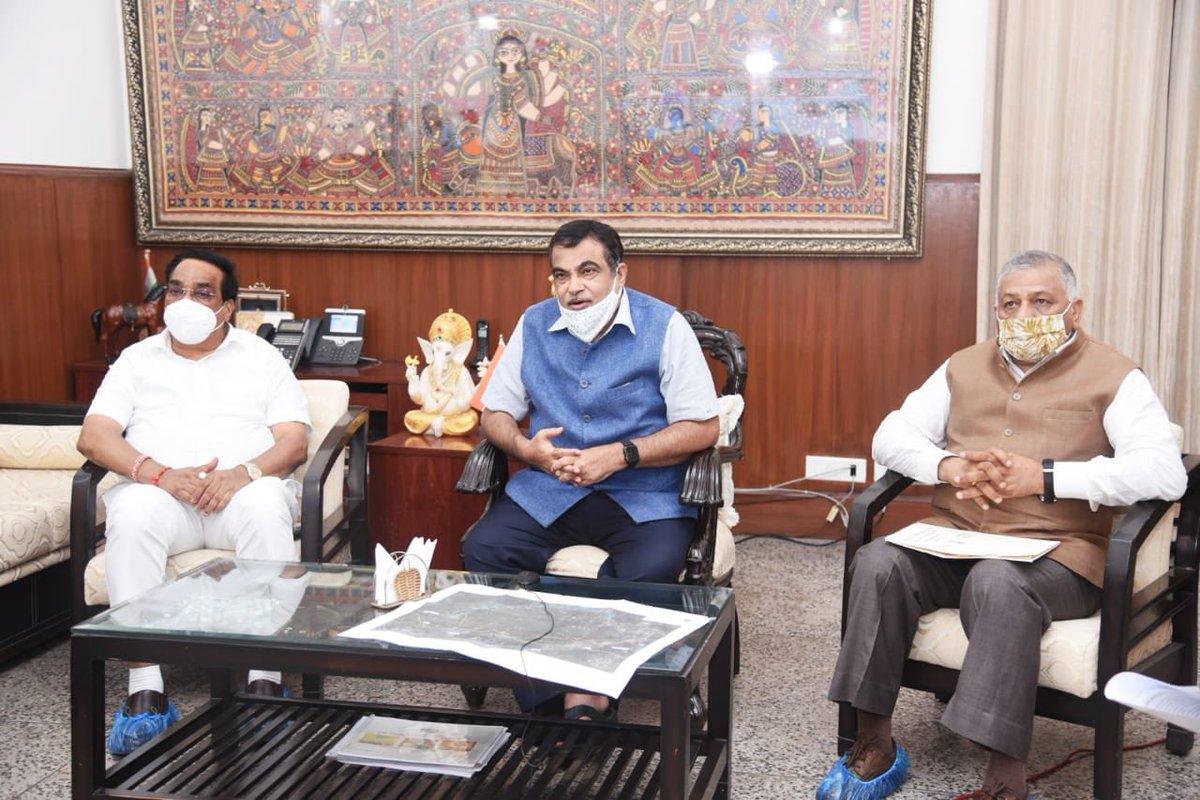 Vadodara – Mumbai expressway project: CR Patil holds meeting with Gadkari in Delhi