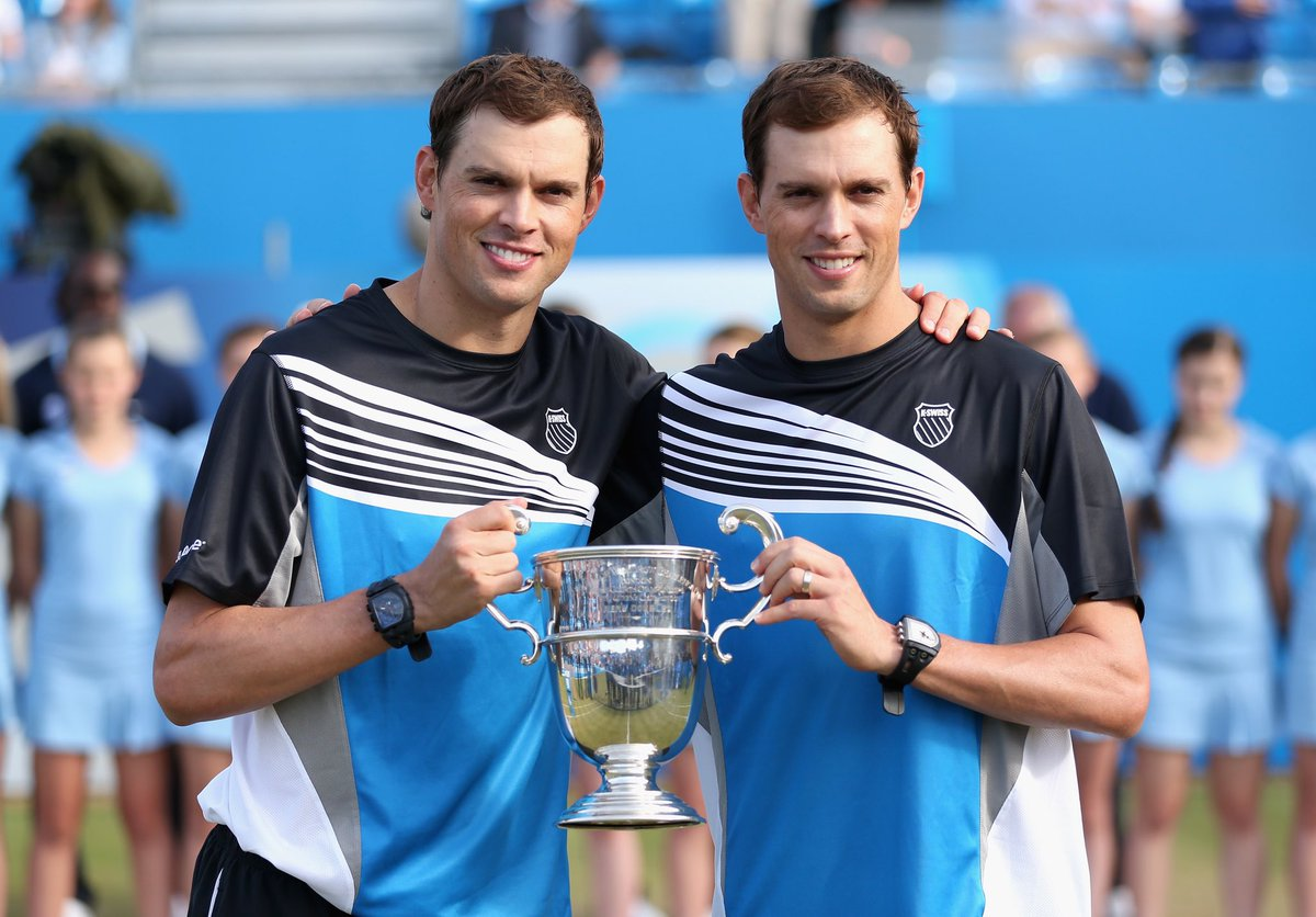 Nothing but respect, admiration and affection for our 5-time doubles champions Bob and Mike Bryan, who have just announced their retirement from professional tennis. ❤️ https://t.co/xZs5mmzsi6