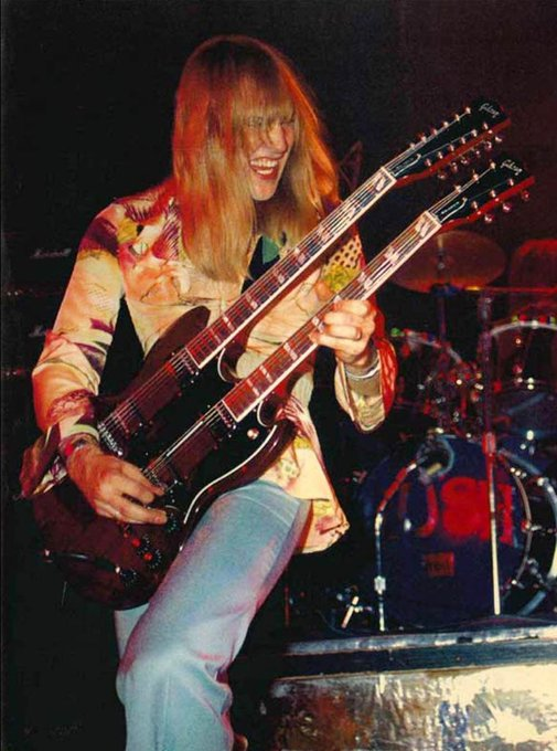 Happy birthday to one of my biggest musical inspirations, Alex Lifeson! Legend!
