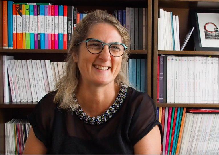 #J50 - Cécile Wojnarowski nous présente le thème des Prochaines Journées de l'ECF : https://t.co/RfTzqHdq4E https://t.co/aU6fJNSBcm