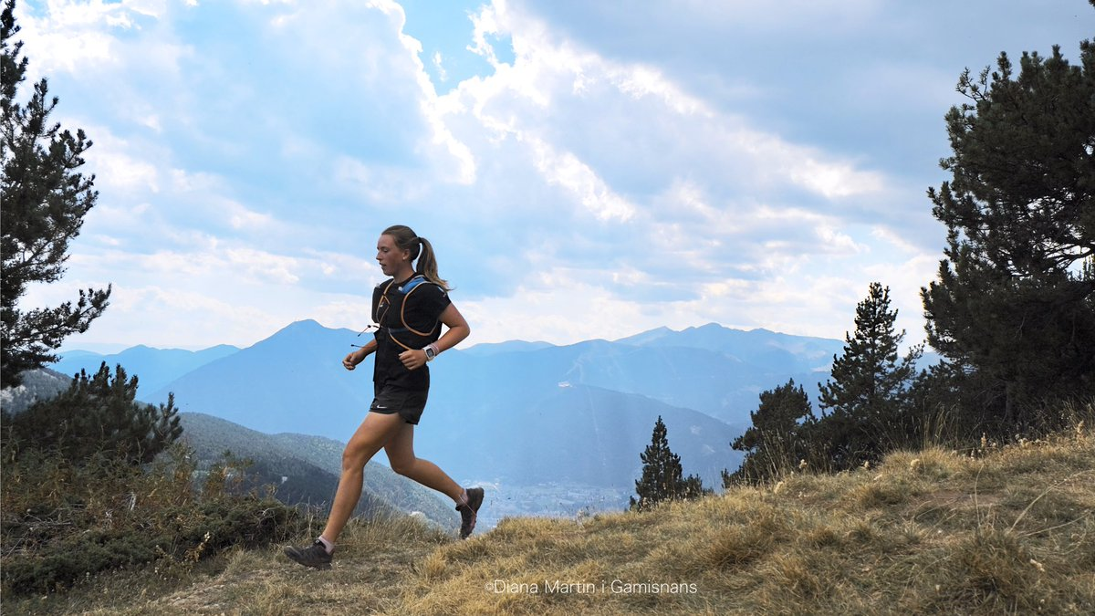 """#trailrunning 💥Young guns 🏃🏻♀️Léa Ancion preparant la Casamanya """"Clàssic"""" 2020 📸©️Diana Martin i Gamisans ➡️Client: @CreditSupport_  ✅We work up the mountains with @LurbelPG, Silhouette Eyewear & @borealoutdoor support 🔫 Fuji X-T3 https://t.co/Z2tmdRQFvZ"""