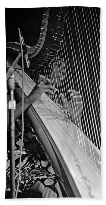 Happy 83rd birthday to Alice Coltrane, gifted harpist/pianist/composer.