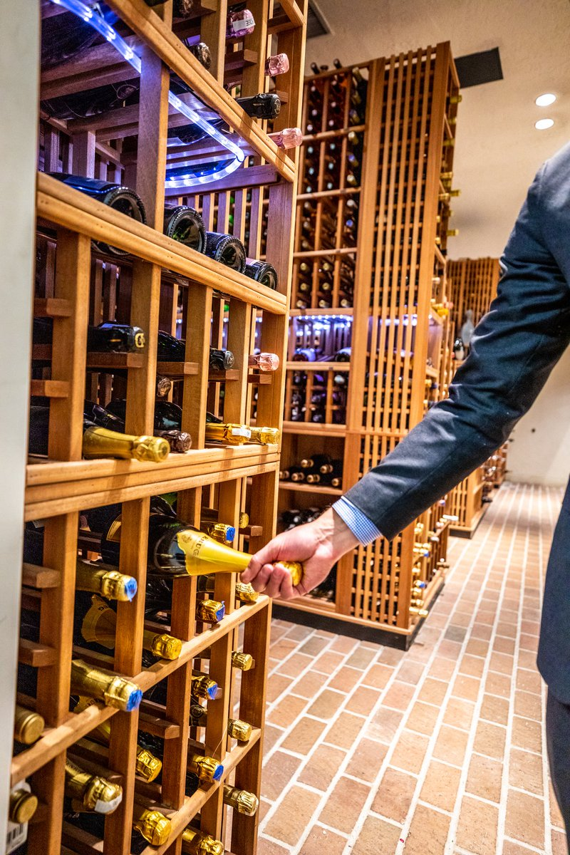 Let us select the perfect bottle for you. Our resident sommeliers are here to guide you through our cellar of more than 12,000 bottles. https://t.co/quB3SzrtRV