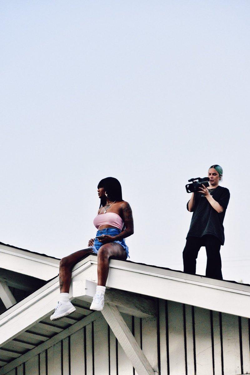 """Go behind the scenes of @IAMSUMMERWALKER's new music video, """"White Tee"""".   Edited with #VSCOKC25, discover more BTS photos on her VSCO - https://t.co/JsnQvb74pX #VSCO https://t.co/Hd66MLsI4p"""
